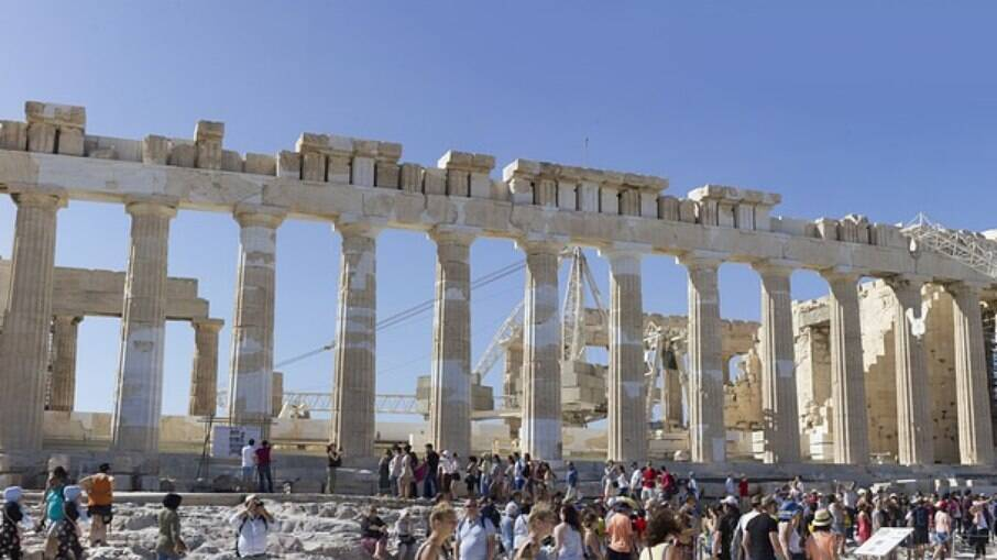 Tempor de Partenon recebe milhares de turistas todos os anos