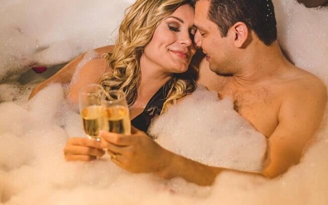Andressa Urach com seu marido Thiago Lopes em lua de mel