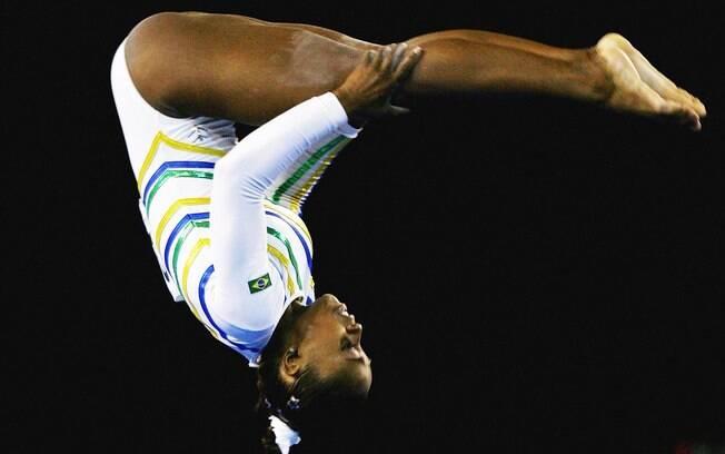 Daiane dos Santos - ginasta ficou cinco meses  suspensa depois de testar positivo para    furosemida, diurético usado para controlar peso