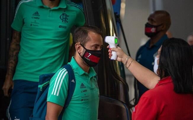 Flamengo não revelou o nome do jogador infectado