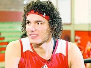 O pivô brasileiro Aderson Varejão defende a equipe de Cleveland