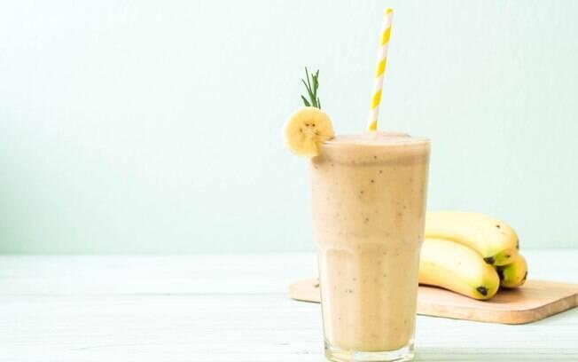 comer a casca da banana tem benefícios