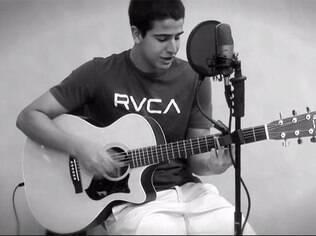 Enzo Motta, filho de Claudia Raia e Edson Celulari, cria canal no Youtube e se lança como cantor