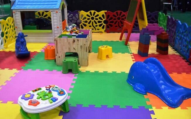 O espaço infantil da Cia do Tomate foi exibido no evento Expo Noivas & Festas e é uma opção para as crianças em casamentos