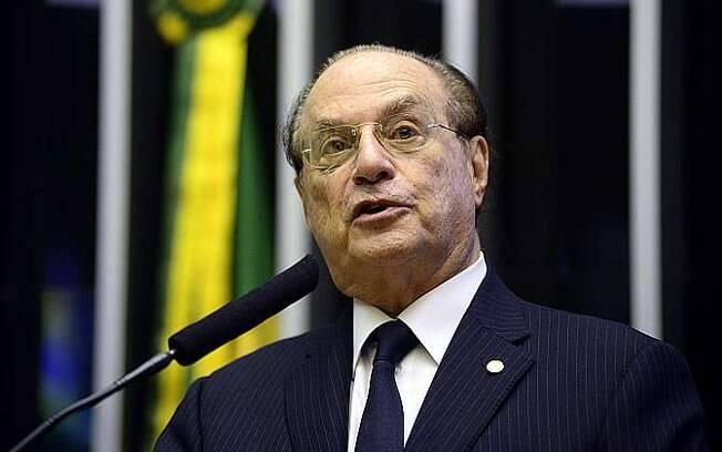 Paulo Maluf é acusado de ter desviado dinheiro de obras enquanto foi prefeito da capital paulista