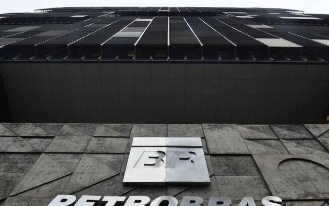 PGR se coloca contra ação sobre venda de refinarias da Petrobras