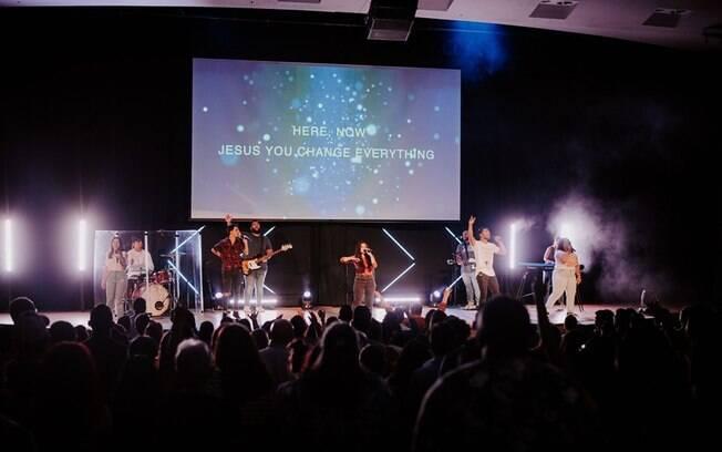 A Journey Church de Orlando tem uma equipe de desenvolvimento para revelar novos músicos