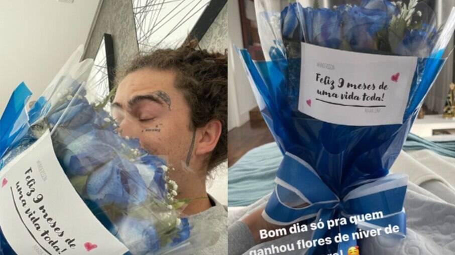 Whindersson Nunes ganha flores de Maria Lina