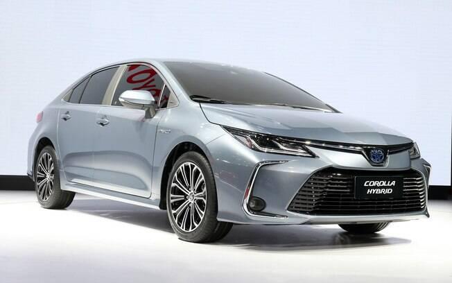 Toyota Corolla híbrido já existe na Europa, mas no Brasil terá motor flex pela primeira vez na história