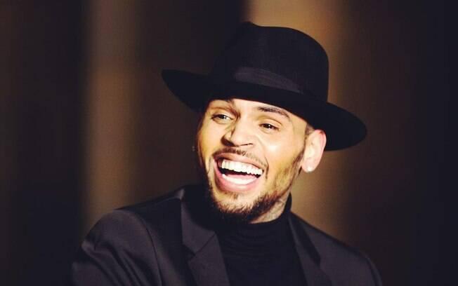 Chris Brown foi acusado de estupro por uma jovem francesa