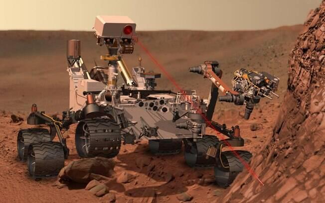 O Curiosity deve explorar Marte por pelo menos dez anos. Equipado com câmera capaz de identificar a composição de rochas, o jipe-robô tem geradores de plutônio capazes de fornecer energia por 14 anos