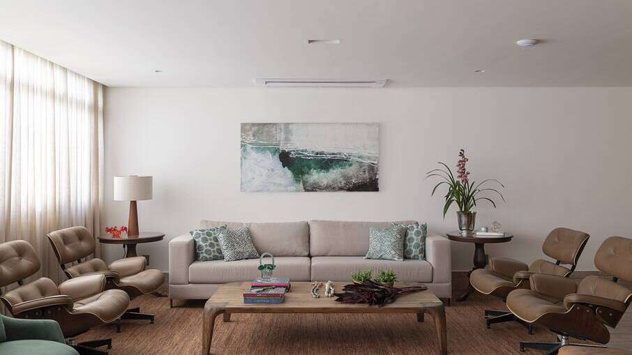 Saiba como escolher o sofá ideal para sua casa com dicas da arquiteta Carina Dal Fabbro
