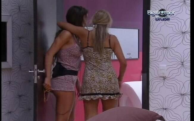 Laisa convida Fabiana para passar últimos minutos no Quarto do Líder