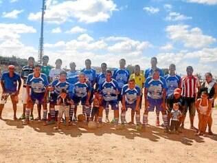 Real.    Equipe derrotou o Goiás nos pênaltis e agora enfrenta o Laguna, no campo do Perobas, às 11h