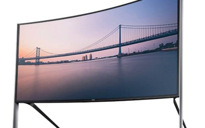 TV de tela curva da Samsung está sendo vendida nos Estados Unidos