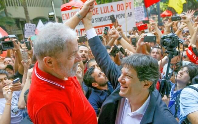 Ex-presidente teria enviado uma carta para a Executiva Nacional do PT onde indicava o nome de Haddad como vice de Lula