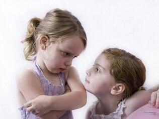 Mesmo a rivalidade e as brigas ensinam a fazer negociações e resolver conflitos