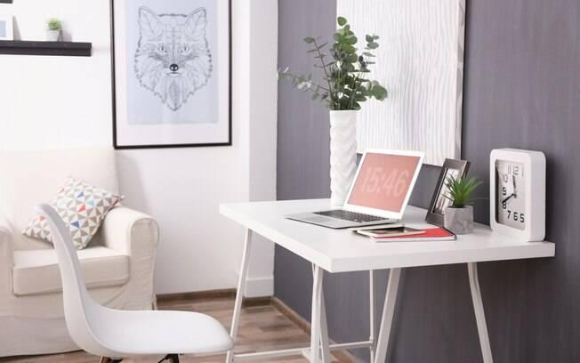 Montar um escritório em casa não é uma tarefa difícil; saiba por onde começar e como ter o seu home office