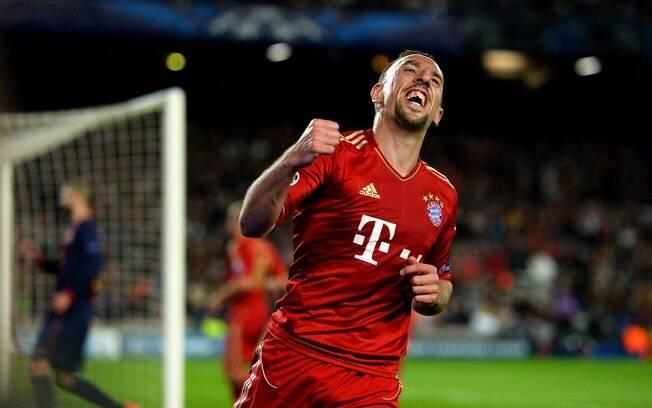 Robery vibra após gol contra de Pique na  vitória do Bayern de Munique sobre o Barcelona no  Camp Nou