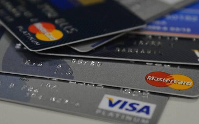 Cartão de crédito da vítima foram usadas pelo neto, que confessou o crime