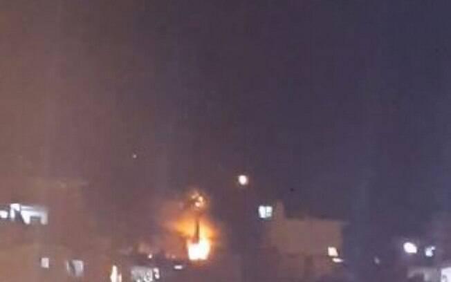 Explosão de casa no Complexo do Alemão