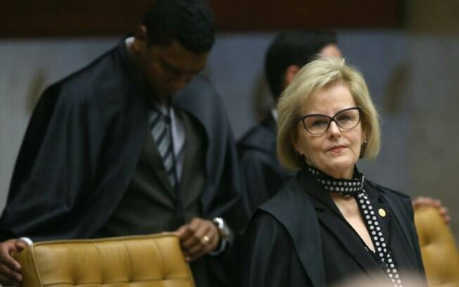 Ministra Rosa Weber convocou a audiência pública sobre descriminalização do aborto