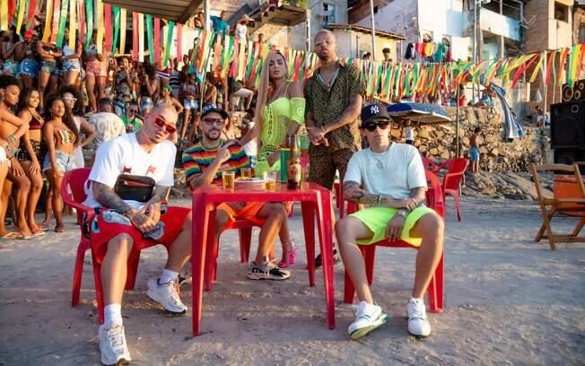 'Bola Rebola' foi a música mais ouvida no Carnaval