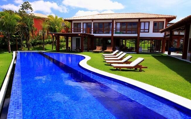 Veja as casas de praia mais caras venda no nordeste e em for Modelos de piscinas de campo
