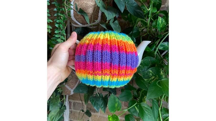 Roupa para bule de chá feito por Tom Daley