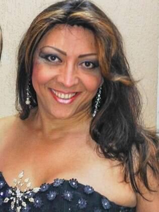 Renata Peron, transexual paraibana, é cantora