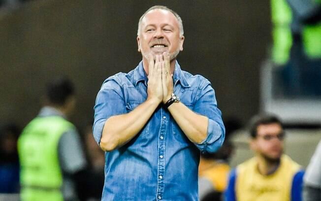 Mano Menezes pediu demissão do Cruzeiro