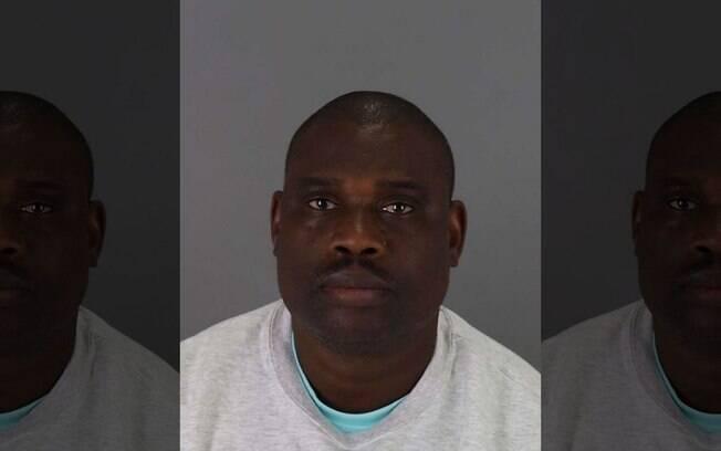 Motorista Tonye Kolokolo, de 46 anos, é suspeito de estuprar passageira bêbada