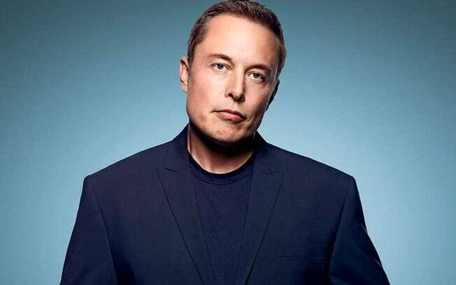 Elon Musk, homem mais rico do mundo, diz que pensar fora da caixa e ousar em busca de seus objetivos são seus maiores segredos