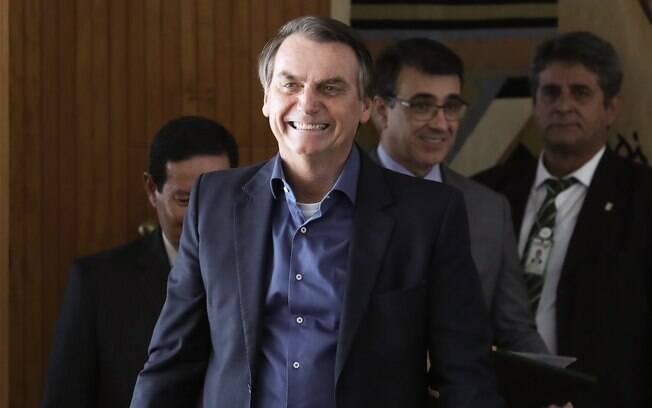 Bolsonaro teve alta nesta segunda-feira(16) e passou por exames para avaliar suas condições de saúde para ir à ONU