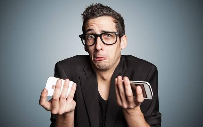 Usar acessórios de celular falsos não é uma boa: de danos ao aparelho a danos à saúde, eles mais atrapalham que ajudam