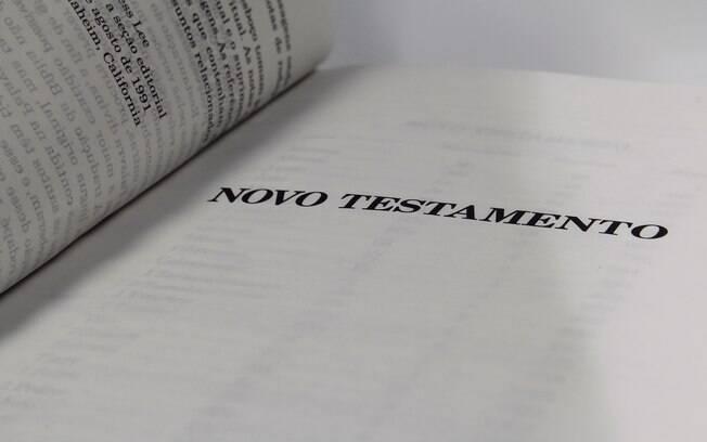 Lei municipal que obriga escolas de Florianópolis a terem Bíblia foi suspensa