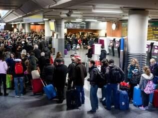 A estação de Atocha de Madri, palco dos atentados de 11 de março de 2004, foi evacuada nesta sexta-feira (2)