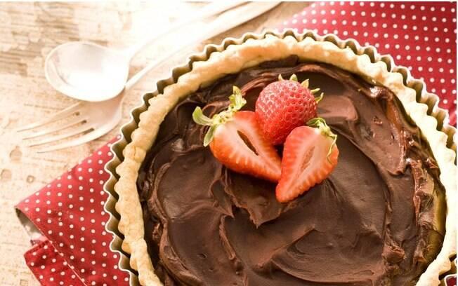 Clique na foto e veja mais de 200 receitas com chocolate