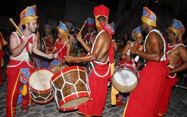 O encontro de Maracatus celebrou a cultura negra e finalizou as comemorações pré-carnaval da cidade.