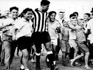 Querido do povo brasileiro, Garrincha morreu em 1983 vítima de cirrose