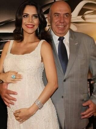 Daniela Albuquerque ao lado do marido, Amilcare Dallveo