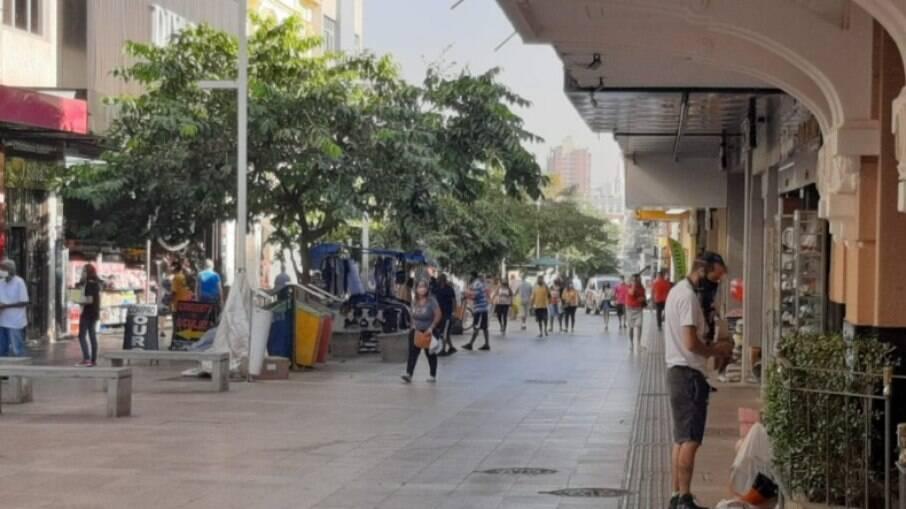 Comércio funciona até as 22h em Ribeirão Preto