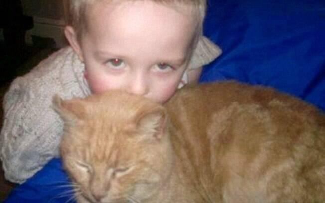 Ronnie com seu amigo Phoenix. Ele sofreu bastante durante 1 ano e meio longe do grande amigo.