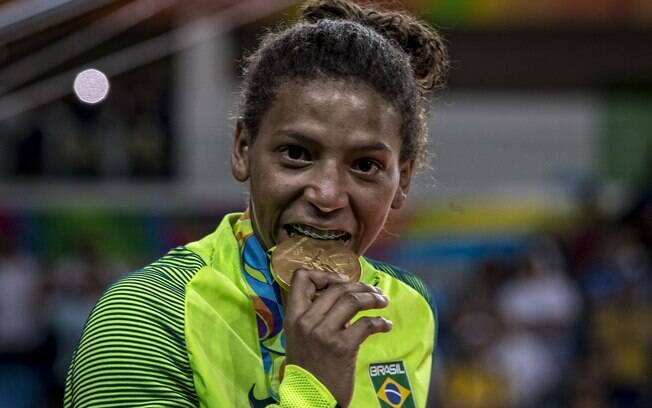 Rafaela Silva fez o hino brasileiro ser tocado pela primeira vez nos Jogos do Rio 2016