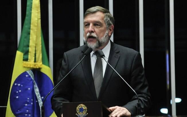 Ex-senador Flávio Arns