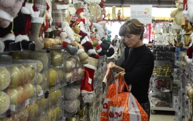 Segundo a CNC, empresários do comércio apostam em primeiro aumento desde 2014 nas vendas de Natal