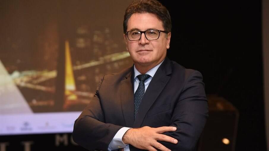 Vinícius Lummertz falará sobre economia, o turismo, a gestão pública e as parcerias privadas