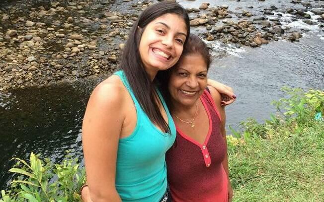 Luisa visita a filha com frequência para matar a saudade