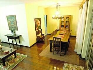Apartamento na região da Pampulha foi alugado por R$ 15 mil e vai receber quatro colombianos