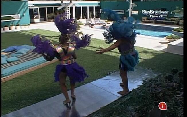 Jonas e Fabiana brincam de Carnaval por conta do Castigo do Monstro